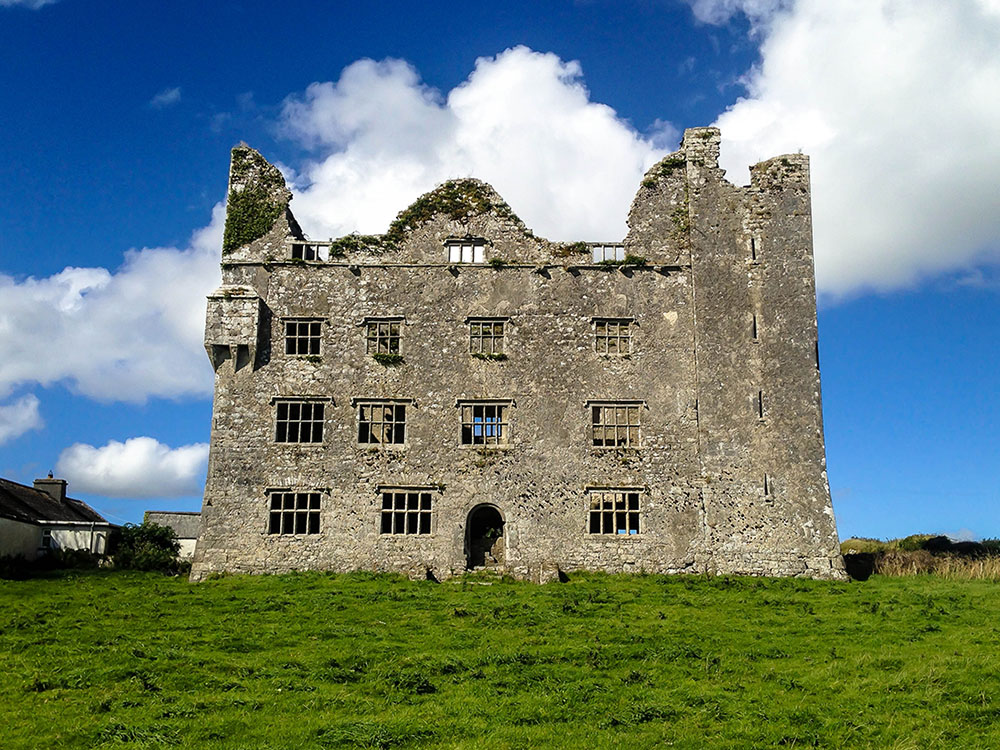 History of The Burren: Leamaneh Castle